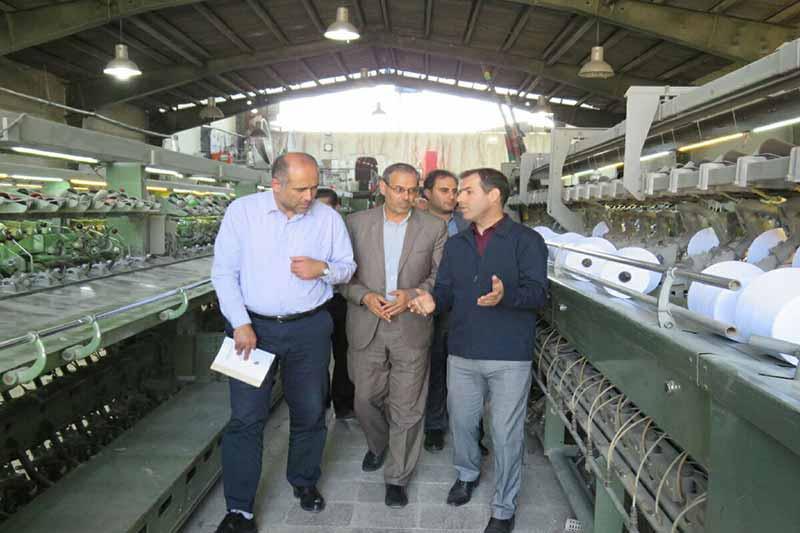 بازدید مدیرعامل شرکت شهرک های صنعتی آذربایجان شرقی از واحد تولید نخ مراغه