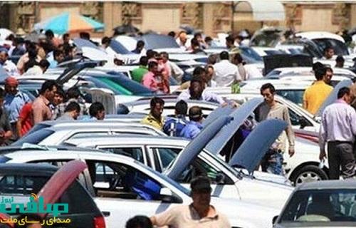 کاهش ۱ تا ۴ میلیون تومانی قیمت خودرو در بازار با افت قیمت دلار