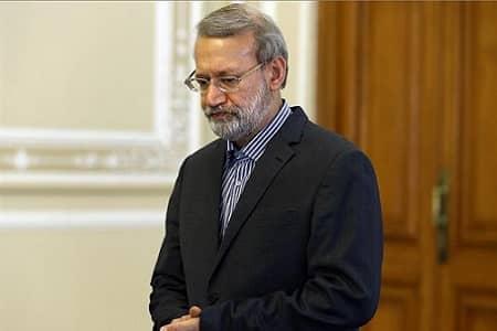 لاریجانی میتواند دلایل رد صلاحیت را اعلام کند
