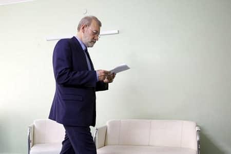 لاریجانی مسئولیت پرونده چین را تحویل مخبر داد