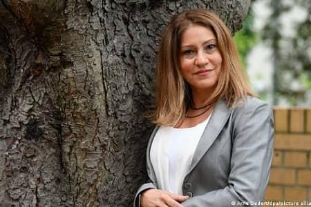 یک زن ایرانی شهردار فرانکفورت آلمان شد