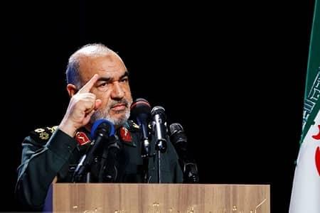 امروز یک آمریکای شکست خورده، فراری و افسرده را شاهد هستیم/دنیا به ملت ایران غبطه میخورد